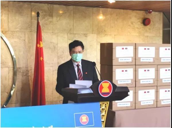 中国与东盟为全球抗疫合作树立典